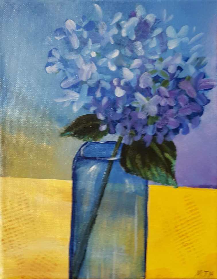 Single Hydrangea in Vase 8x10